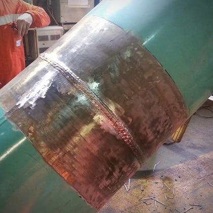 Сварка швов трубопровода